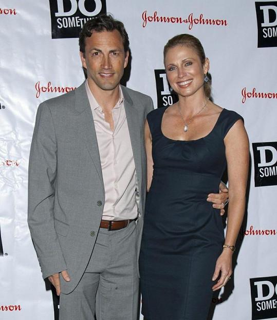 Andrew Shue s manželkou Amy Robach.