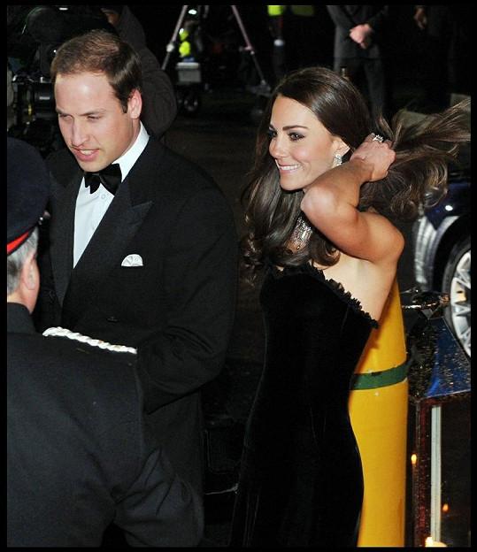 Oslňující brunetka a její manžel princ William.