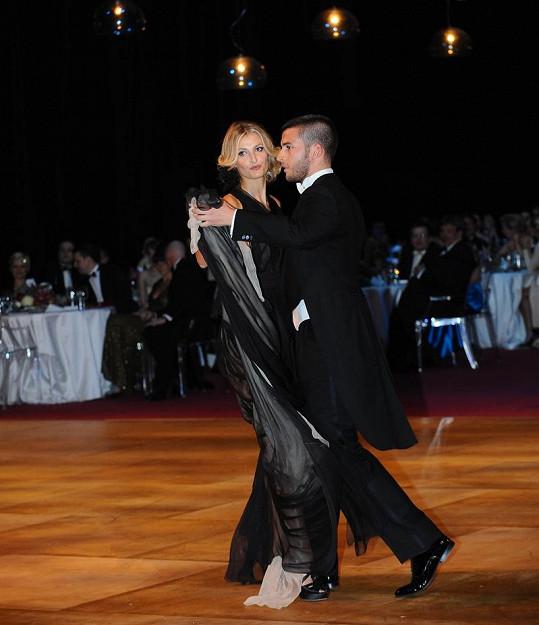 Tereza byla jednou z prvních na tanečním parketu.