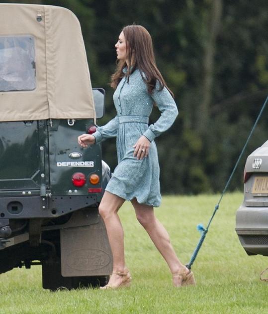 Kate dělala doprovod svému manželovi Williamovi.