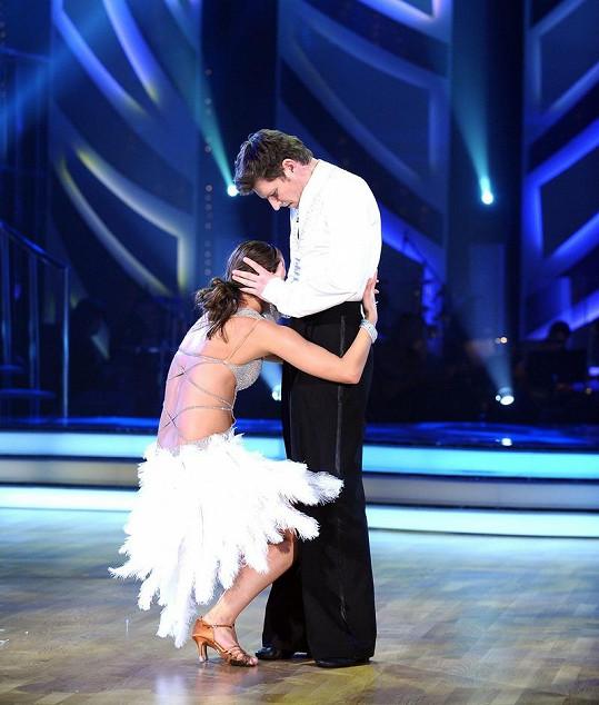 Dvojice předvedla vášnivý tanec nabitý erotikou.