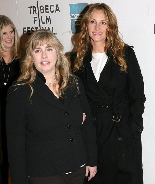 Julia Roberts se sestrou Lisou Roberts Gillan.