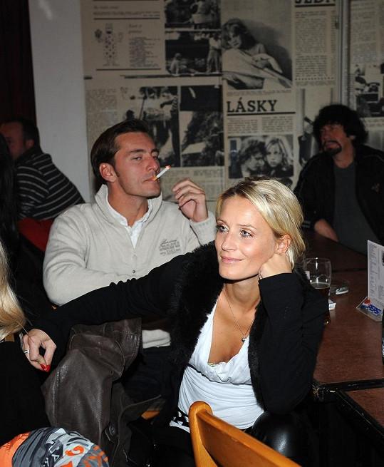 Petr Vondráček s partnerkou Bárou