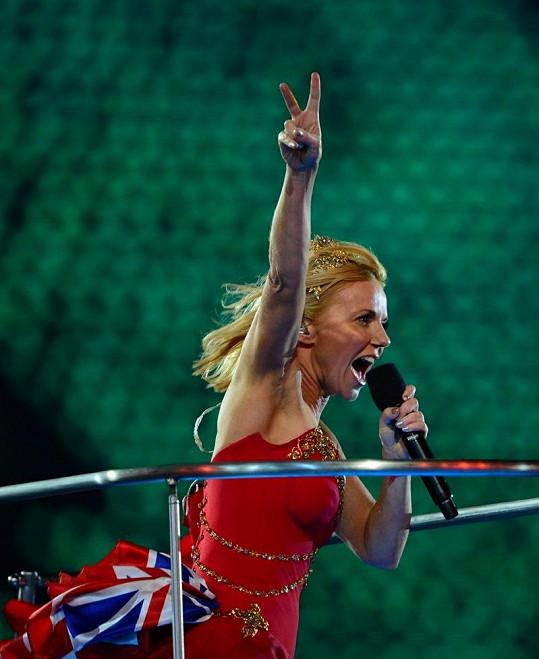 Spice Girls na zakončení olympijských her.