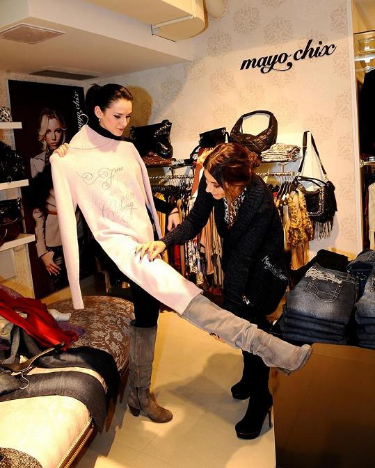 Eva Decastelo a Libuška Vojtková nakupovaly společně a radily jedna druhé.