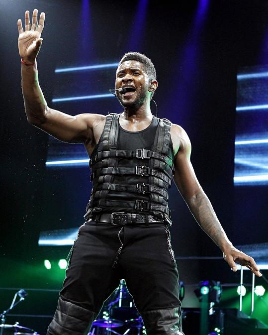 Usher dal do vystoupení veškerou svou energii.