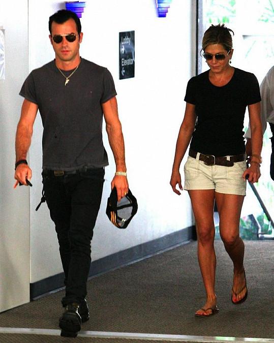 Jennifer s přítelem Justinem.