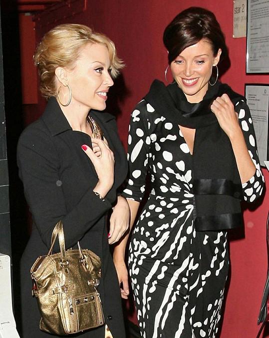 Dannii se svou sestrou Kylie Minogue.