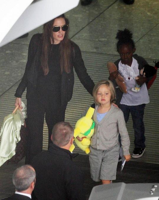 Angelina, Shiloh a Zahara.