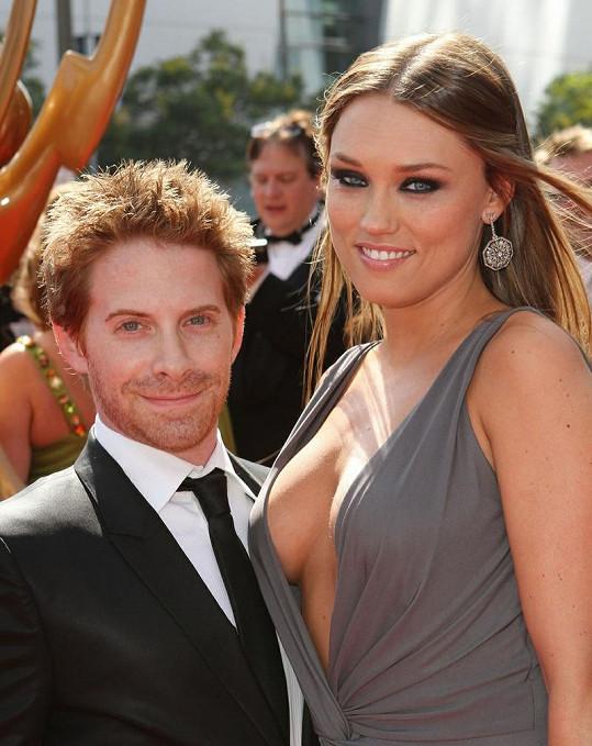 Seth Green a jeho manželka se stali hvězdami večera.