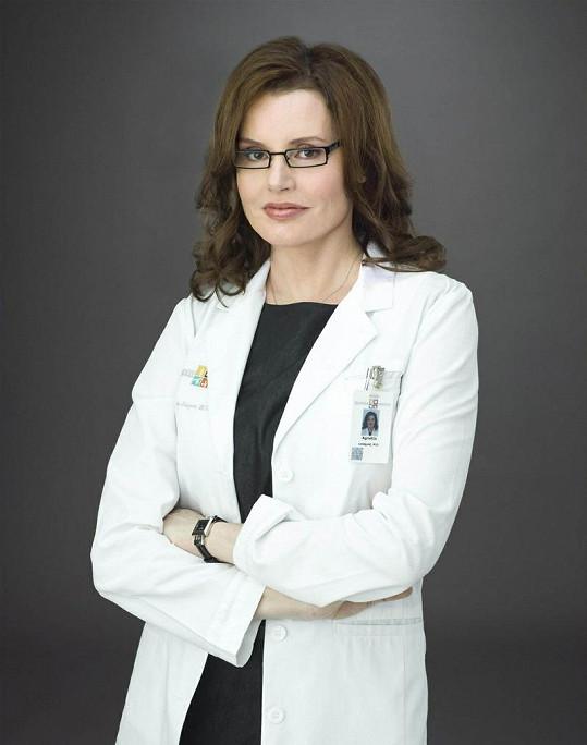 Geena zatím ve své poslední roli v seriálu Coma (2012).