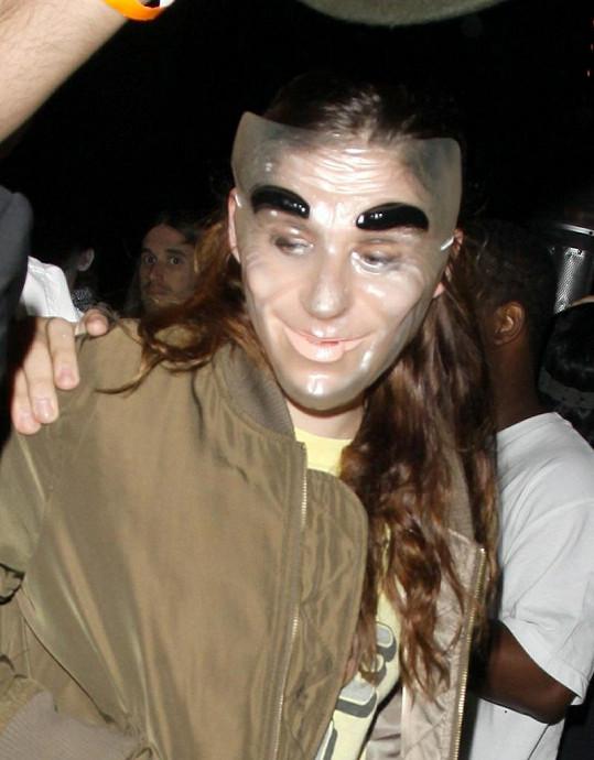 Kristen Stewart měla úděsnou masku.