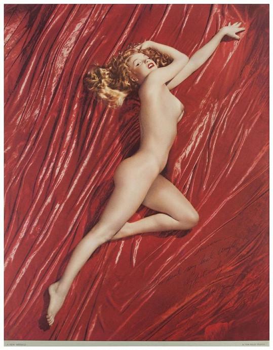 Herečka se stylizovala do snímků mladinké Marilyn Monroe od Toma Kelleyho.