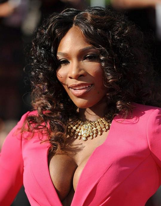 Serena rozhodně má co ukazovat.