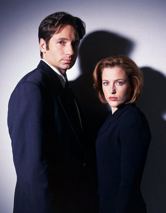 Agenti Fox Mulder a Dana Scullyová z Akt X.