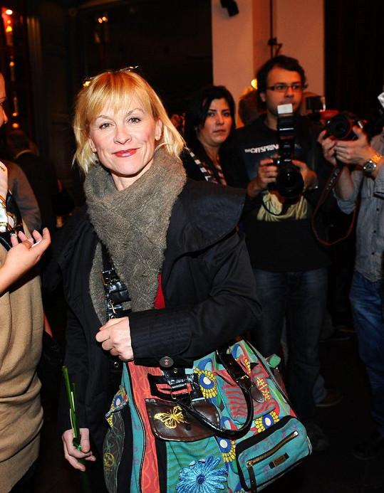 Dana Batulková údajně není nadšená ze vztahu Jakuba, důvodem je Agátina maminka Veronika Žilková.