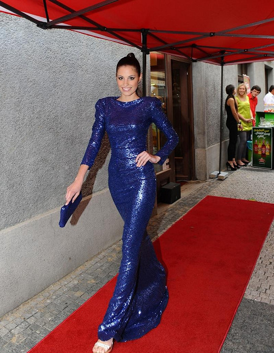 Přehlídku šla i Veroničina kamaráda z Miss Tereza Budková.