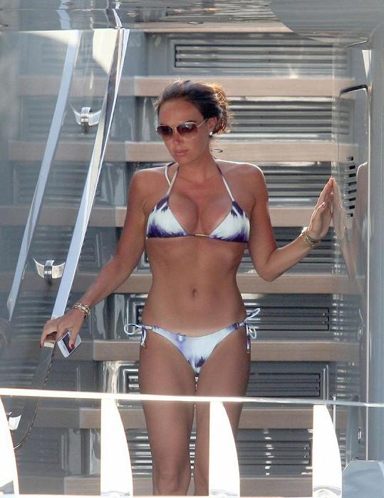 Dokonalé tělo dcery šéfa F1 Bernieho Ecclestona.