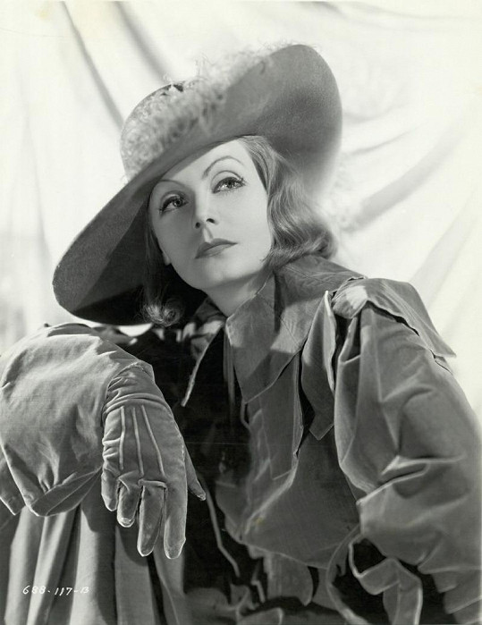 Greta ve slavné filmové roli královny Kristiny.