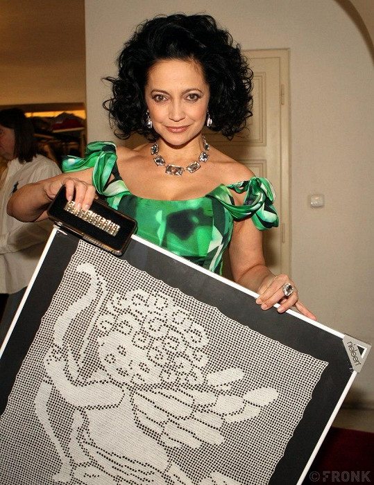Lucie s obrazem anděla.