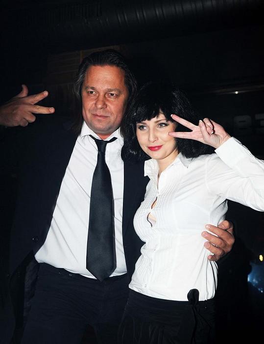 Veronika Nová a Jiří Pomeje na párty v Mazaném králíčkovi.