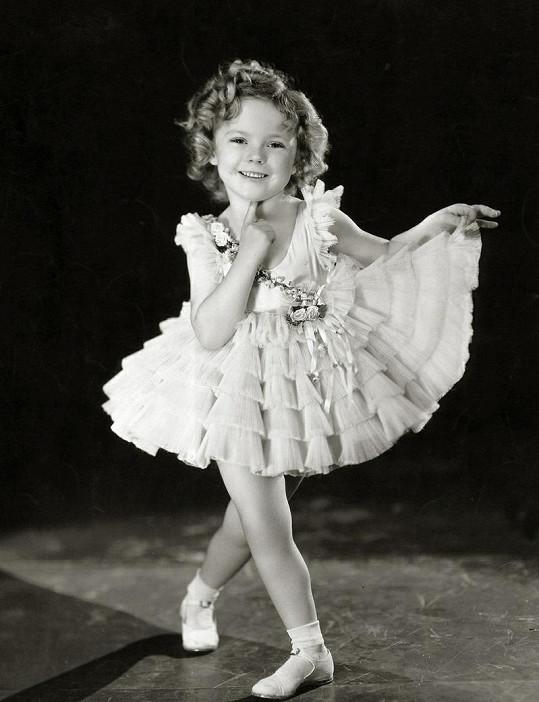 Kouzelná Shirley Temple si získala veřejnost svou roztomilostí a talentem.