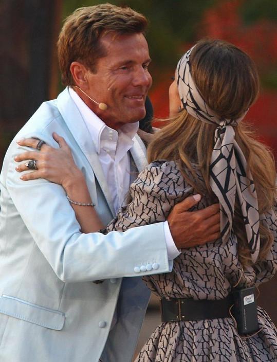Jennifer s Dieterem Bohlenem během vystoupení v německém pořadu Vsaď se, že...