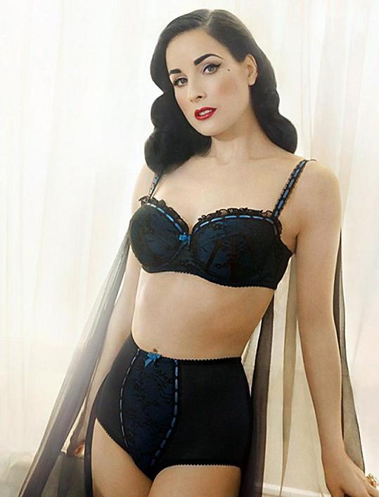 Dita Von Teese jako modelka vlastního spodního prádla.