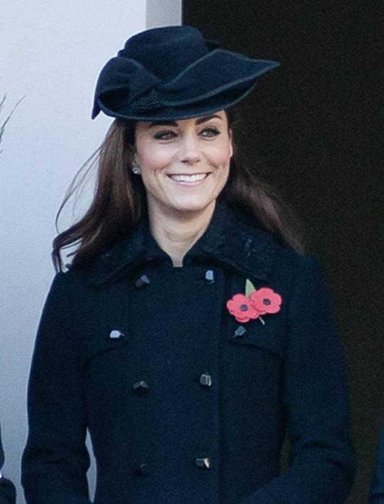 Princezna Catherine se jako vždy usmívala.
