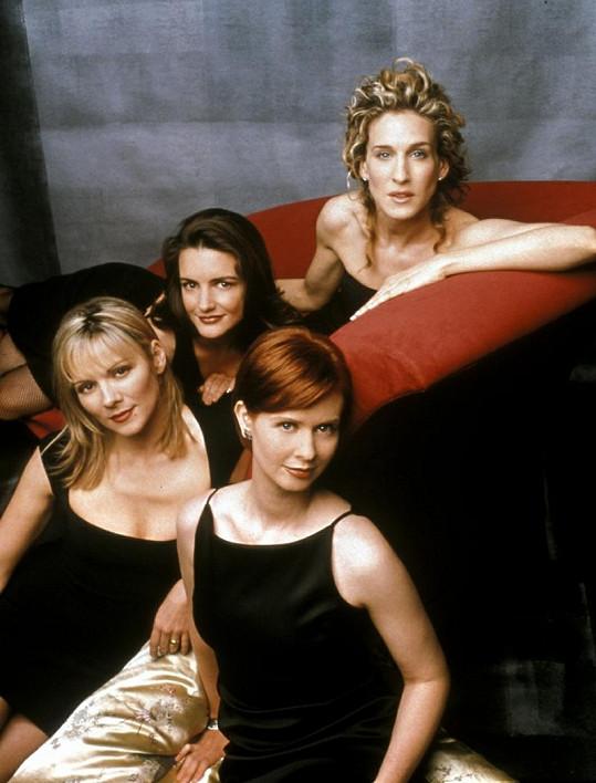 Kim s kolegyněmi ze seriálu Sex ve městě.