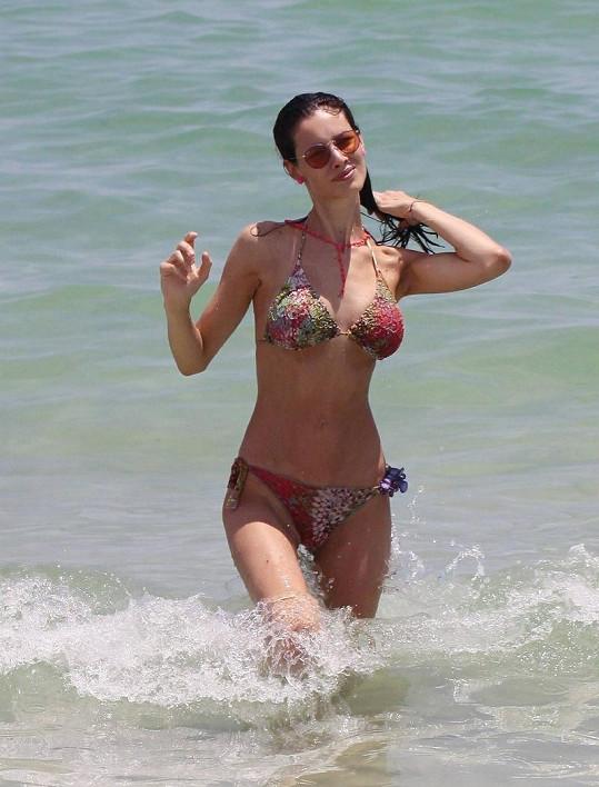 Italská modelka Marica Pellegrinelli.