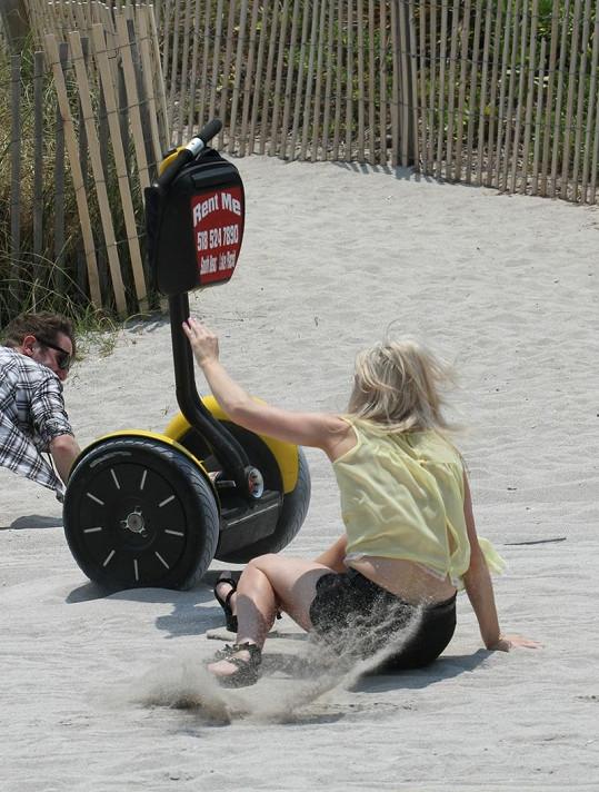 Nebezpečná nehoda Ellie Goulding.