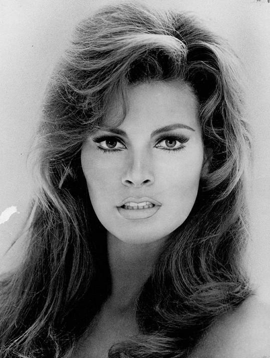 Raquel byla výjimečně krásná.
