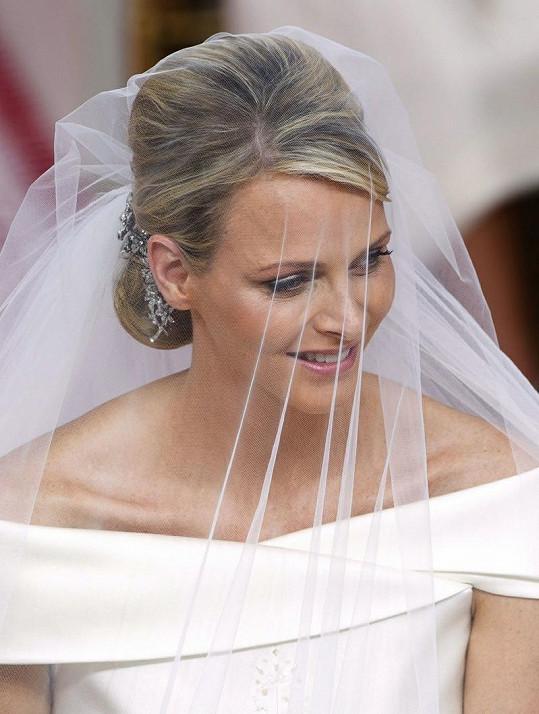 Takhle krásná byla začátkem měsíce Charlene Wittstock jako nevěsta.