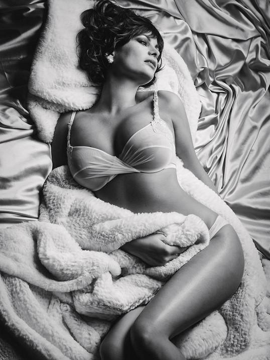 sexy mladé nahé obrázky