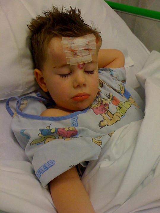 Roztomilý George v nemocnici.