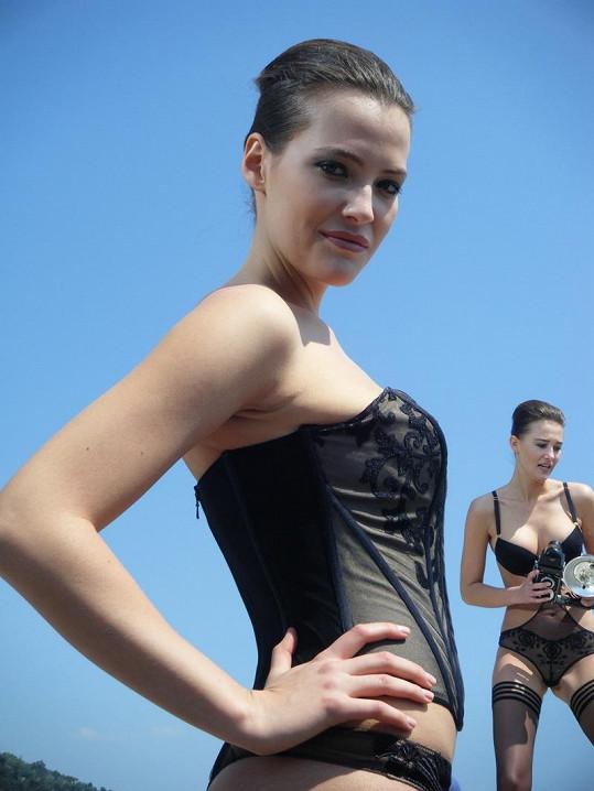 Kateřina Sokolová má fantastickou postavu.