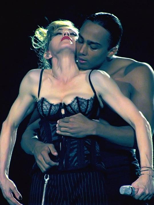 Madonna a její odvážná choreografie.