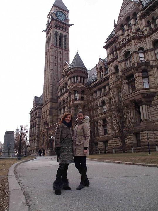 V Torontu vzala Rajská útokem výstavy a antikvariáty.