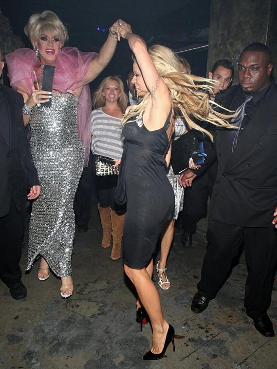 Tančící Pam.