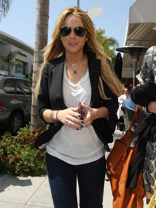 Lindsay Lohan může být na sebe pyšná.