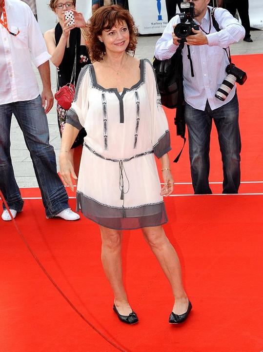 Susan má luxusní nohy.