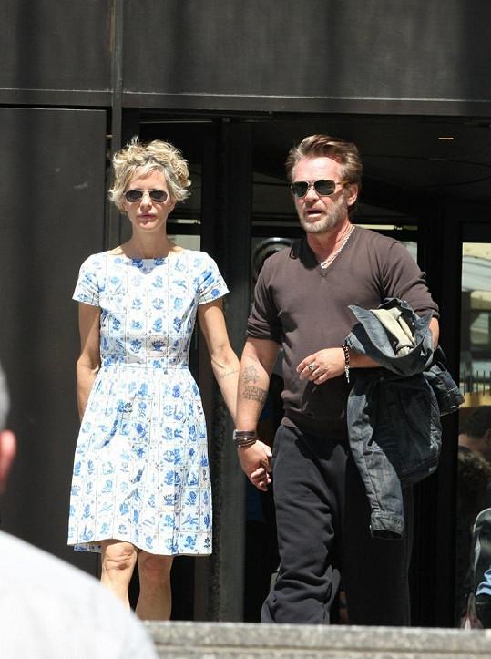 Meg Ryan a John Mellancamp si udělali romantický výlet do Paříže.
