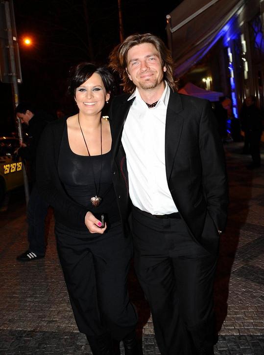 Jitka Čvančarová je šťastná s manželem Petrem Čadkem, s nímž má dceru Elenku.