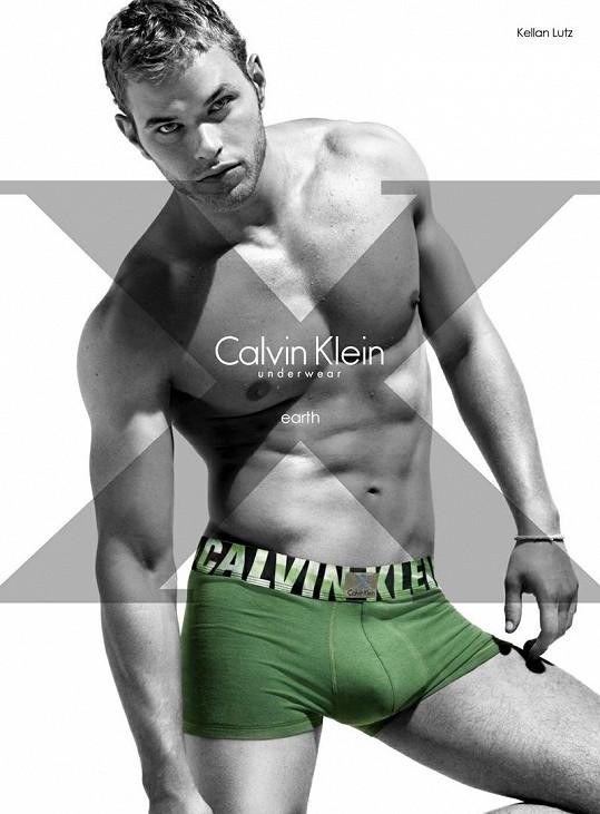 Kellan Lutz v kampani pro Calvina Kleina.
