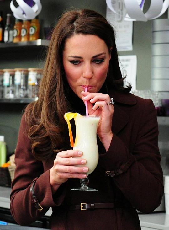 Princezna si v nealkoholickém baru vychutnala koktejl pojmenovaný Dutchess, tedy vévodkyně.