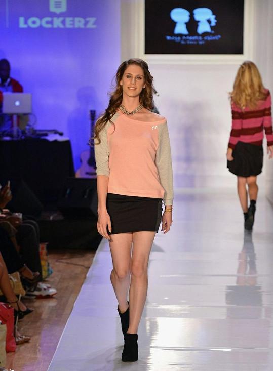 Cassandra Bankson během své první módní přehlídky.