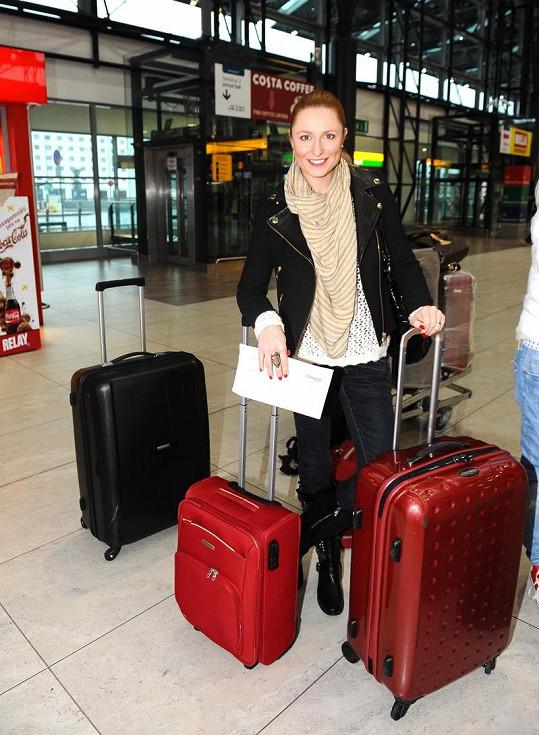 Romana Pavelková měla nejtěžší kufry ze všech.