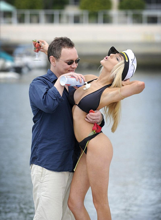 Otužilá Courtney Stodden by asi nejraději trávila celý život v plavkách...
