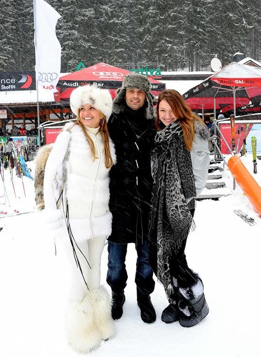 Podnikatelka Tamara Kotvalová s přítelem Romanem Hajabáčem a dcerou Danielou.